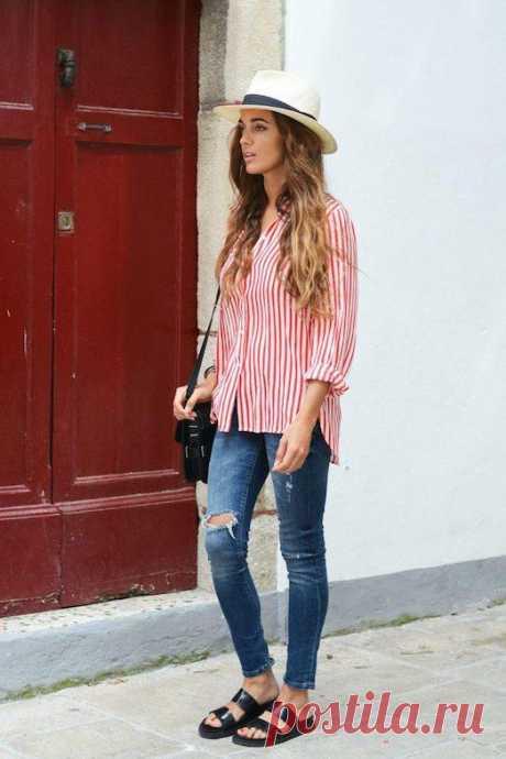 С чем носить стильную длинную рубашку? В гардеробе современной девушки должны быть вещи на все случаи жизни. И если вы следите за модными тенденциями, то обязательно обзаведитесь стильной длинной рубашкой. Но сначала выясните, как её прави...