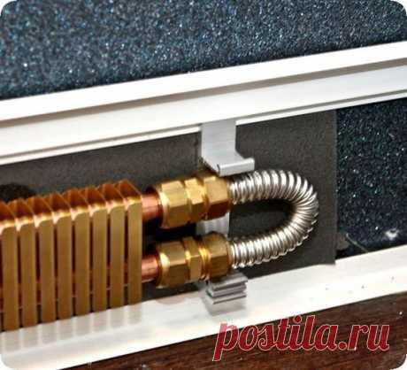 Как установить теплый водяной плинтус своими руками в доме. Технология изготовления и установки обогревателя с водным теплоносителем.