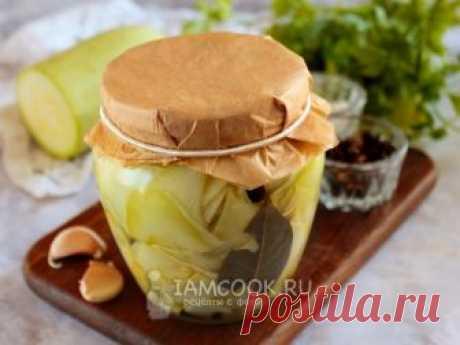 Маринованные кабачки слайсами на зиму — рецепт с фото Тонкие слайсы маринованного кабачка для закуски, бутербродов и всевозможных сборных салатов.