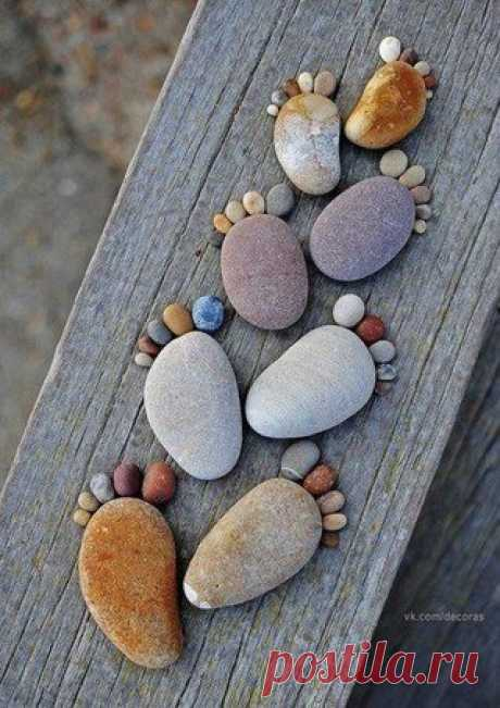 Кто не умеет получать радость от малого, никогда не будет доволен и многим.