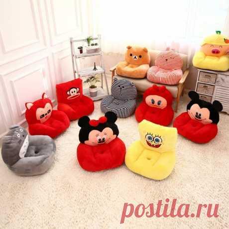 Los niños encantadores del bebé anime sofá Hello kitty / vecino totoro / despicable me / doraemon / O mapache perro caliente de peluche de felpa sofá juguete cama