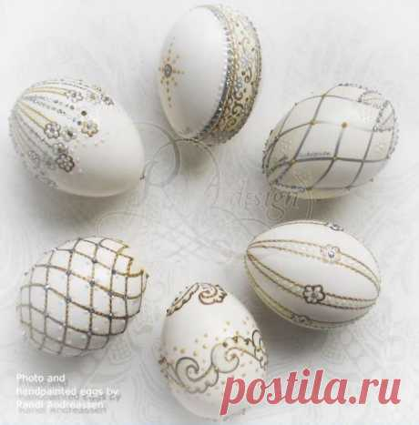Красивые пасхальные яйца | Домашний hand-made Красивые, нежные, необычные пасхальные яйца. Ими хочется любоваться бесконечно. Автор изготавливает такие яйца на продажу, поэтому секретами их создания не делится. Но повнимательнее рассмотрев, можно предположить, что белые и коричневые …