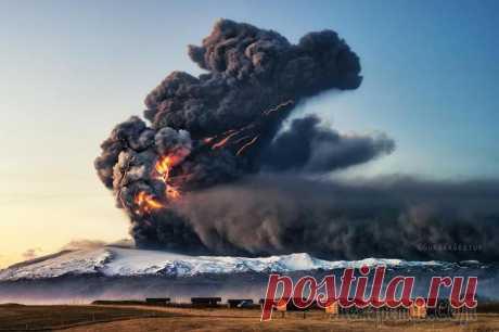 Извержения вулканов – 30 потрясающих фотографий со всего мира В апреле 2015 года извергался чилийский вулкан Кальбуко, в 2013 году – сицилийский Этна, а в 2010 – сложновыговариваемый исландский Эйяфьядлайёкюдль. Так что не было недостатка в мощных вулканических ...