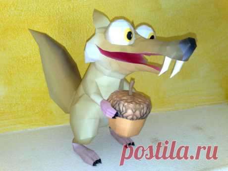 Scrat papercraft Scrat papercraft. Design and built by me. This is the download