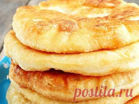 Пышные лепёшки на кефире, на сковородке - очень вкусно вместо хлеба | О Еде и не только✌ | Яндекс Дзен