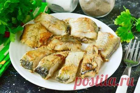 Рыба по-индийски - просто готовится и очень вкусно Рыба по-индийски – это отличное рыбное блюдо, которое отличается не только изумительным вкусом, но еще и быстротой приготовления.