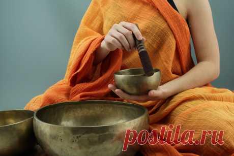 Бесплатные изображения Поющих чаш по лицензии Creative Commons Фото Медитация с Тибетскими поющими  чашами