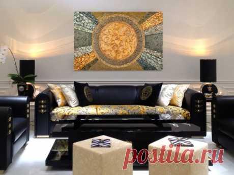 Декоративное панно на стену из обоев, цветов, металла, плитки, гипса и мозаики