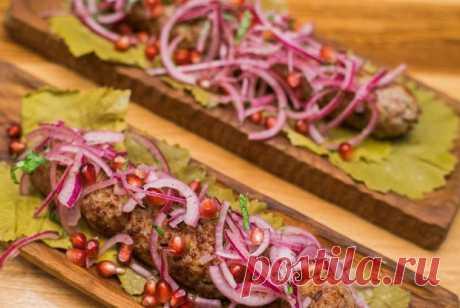 Люля-кебаб из баранины с луком, пошаговый рецепт с фотографиями – азербайджанская кухня: основные блюда. «Еда»