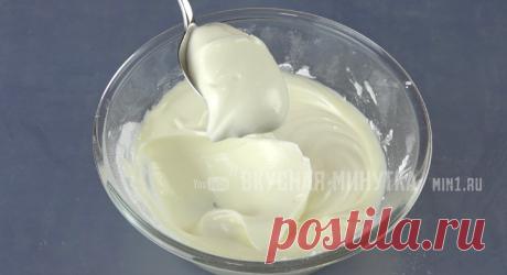 Приём давно известный, но нашлись те, кто не знает, как приготовить по-настоящему густой сметанный крем (делюсь) | Кухня наизнанку | Яндекс Дзен