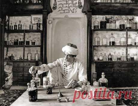 Es poca historia. ¿Ha ido de donde la moda a los espíritus y por qué el legislador hoy se considera Francia? - La novedad del mundo de los aromas, las modas y el show-business. (La perfumería, comprar la perfumería: los espíritus, el agua de tocador, el agua de Colonia)