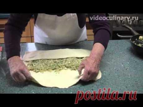Пирог из слоёного теста с капустой - Видеокулинария.рф - видео-рецепты Бабушки Эммы