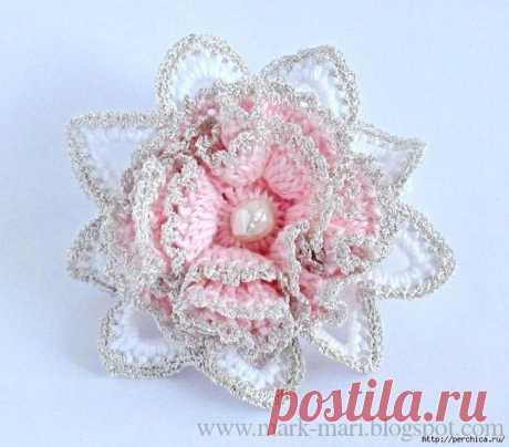 #вязаные_аксессуары@modnoe.vyazanie Цветок для резиночки. Схема.