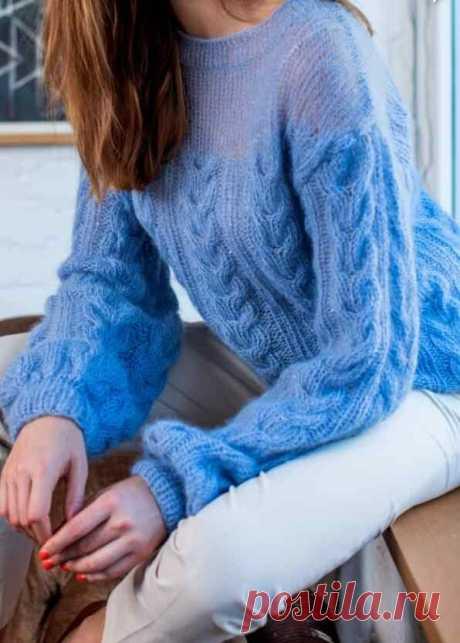 Утонченная модель мохерового пуловера - дизайн Lana Grossa, с прозрачной кокеткой связанной в одну нить.