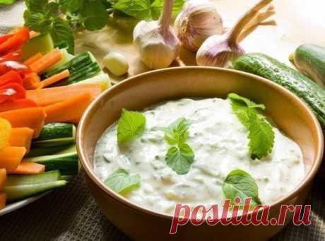 ТОП-7 Низкокалорийные соусы на основе йогурта