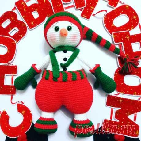Самый яркий и сказочный праздник уже совсем рядом. Создай себе настроение уже сейчас! Яркий снеговик будет отличным подарком и символом праздника!