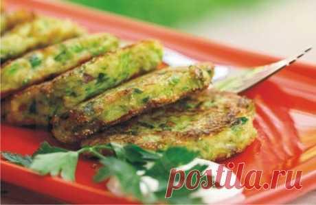 Оладьи из кабачков с сыром и чесноком — диетический вариант!