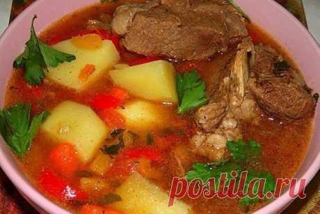 Рецепт моей свекрови: Шурпа из говядины Как же я люблю наваристые бульоны и вкусную начинку!