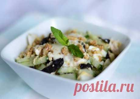 Салат с черносливом и грецким орехом (ПП) Автор рецепта Анна - Cookpad