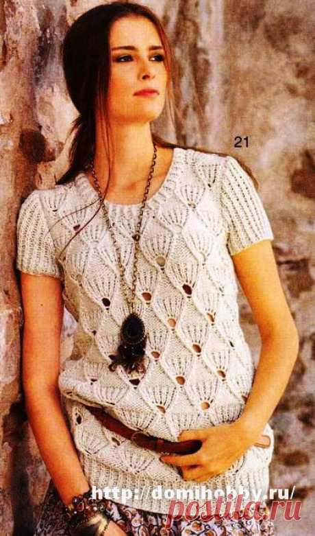 Пуловер с веерным узором