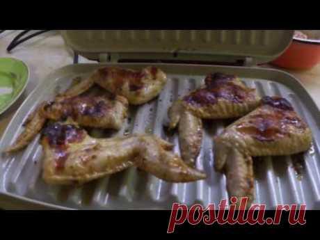 Рецепт куриных крылышек и свинины на гриле