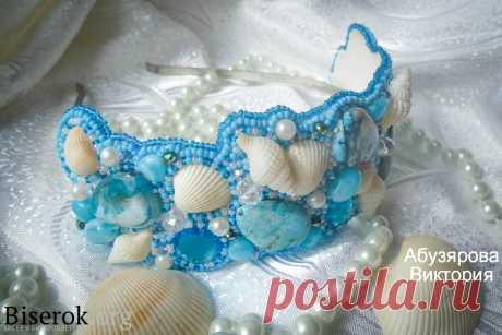 Ободок «Русалочьи грёзы» Разные изделия из бисера – Бисерок Голубой ободок из бисера, бусин и морских раковин. Как можно сделать из простых материалов красивое украшение для волос на голову.