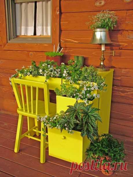 Que es posible hacer de las cosas viejas para la casa de campo: el modo original de la comodidad