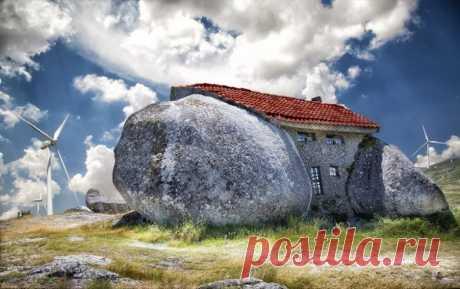 Удивительные дома, выдолбленные в камнях и скалах, со всего мира / Туристический спутник