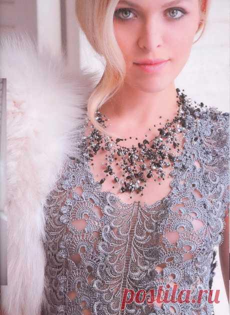 Праздничное вязаное платье крючком