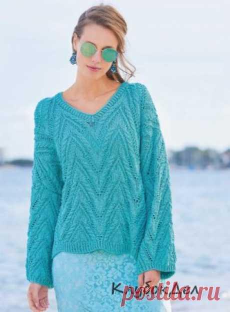 Пуловер оверсайз с V-образным вырезом