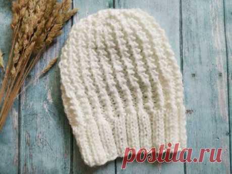 Нежная шапка на осень спицами интересным узором » «Хомяк55» - всё о вязании спицами и крючком