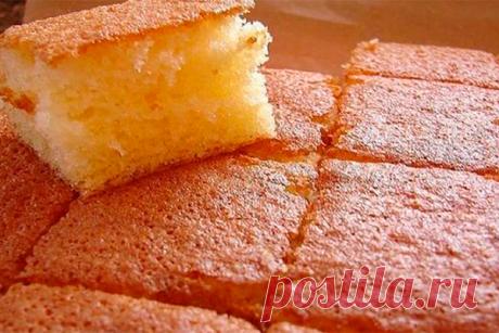 Быстрый бисквит за 10 минут! Дорогие хозяюшки, хочется предложить вашему вниманию быстрый бисквит, на его приготовление уйдет 10 минут.Бисквит получается мега воздушный и очень пышный.Добавляю я в него по вкусу корицы, люблю очень, вы же можете ванильки или лимонную цедру добавить, будет тоже очень вкусно.       Ингреди