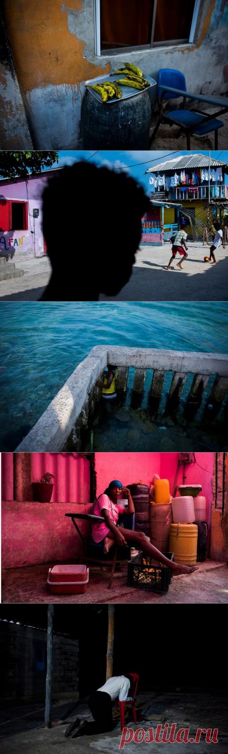 Как живут люди на самом густонаселенном острове нашей планеты