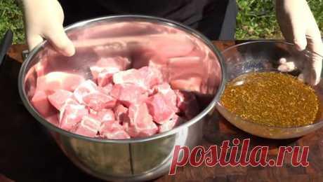 Узбекский рецепт сочного шашлыка За окном отличная погода, а значит самое время задуматься о жарке мяса. При этом, если