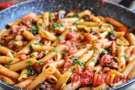 Как вкусно приготовить макароны с разными соусами: простые рецепты с фото и видео Подборка простых рецептов приготовления макарон с разными соусами. Варианты с курицей и грабами, сосками и томатами, брокколи, базиликом и другие.