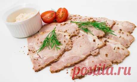 ¿Cómo preparar es sabroso el fiambre de cerdo en las condiciones de casa?