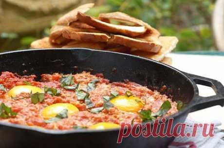5 сытных вторых блюд с помидорами / Простые рецепты