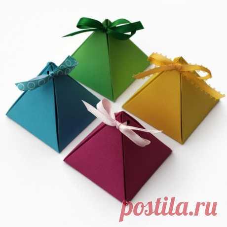 14 упаковок для рождественских подарков