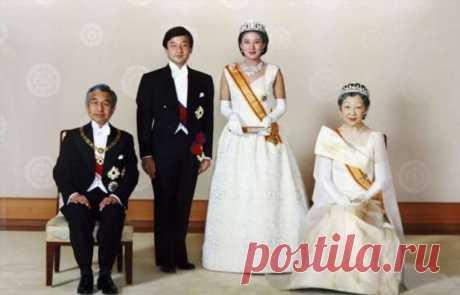 Непереводимый девиз, 1000 лет вегетарианства и другие странноватые факты о японской императорской семье . Тут забавно !!!