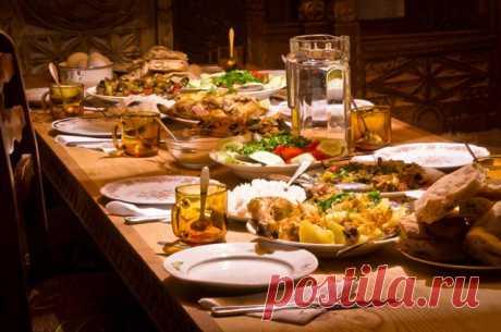 Гупта, толма и хашлама. Мясные блюда грузинской кухни АиФ.ru представляет 8 классических грузинских блюд.