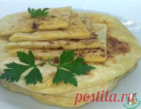 Хачапури с сыром на сковороде – кулинарный рецепт