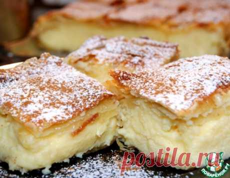 """Традиционный греческий пирог с кремом """"Бугаца"""" – кулинарный рецепт"""