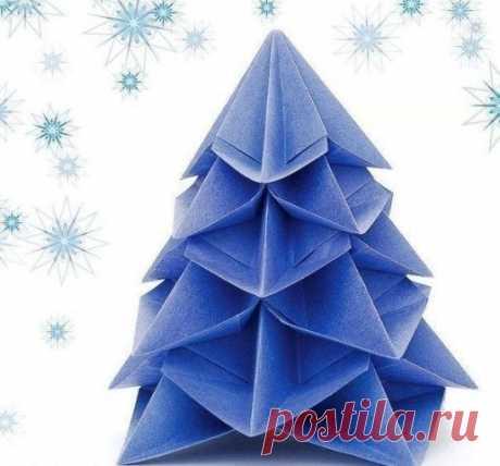 Новогодняя елка оригами.