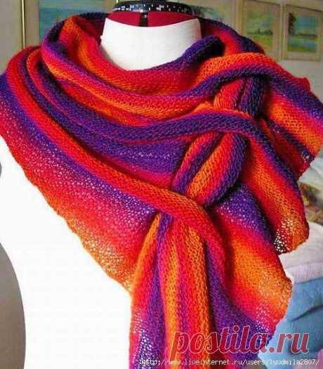 Модный шарф косынка спицами платочной вязкой | Вязание Шапок - Модные и Новые Модели