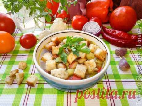 Суп с фасолью цветной капустой и крутонами / Рецепты с фото