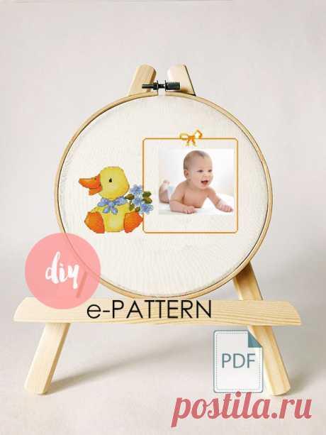 Бесплатные авторские схемы вышивки крестом в виде рамок для фото e-PATTERN.ru