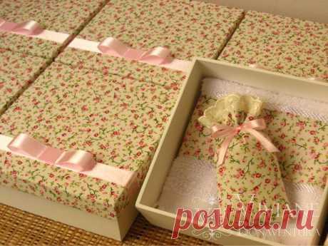 Lembrancinha madrinha de casamento - caixa de MDF | Flickr - Photo Sharing!