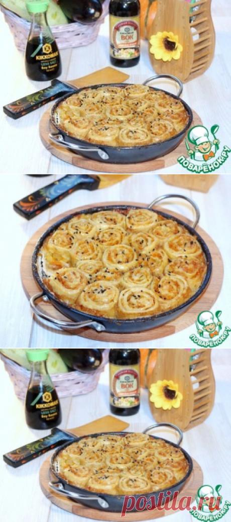 Струли с луком, морковью и курицей - кулинарный рецепт