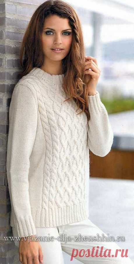 White knitted sweater spokes