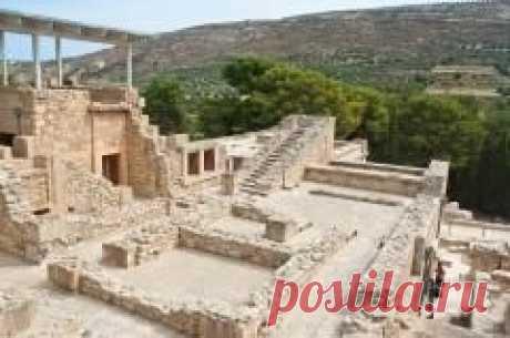 Сегодня 23 марта в 1900 году Археологи обнаружили на Крите остатки легендарного Лабиринта — дворца Минотавра